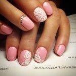 Дизайн нігтів до дня народження