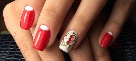 Дизайн нігтів з короною