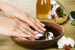 Ванночки з ефірними маслами для нігтів