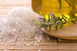 Користь морської солі для нігтів