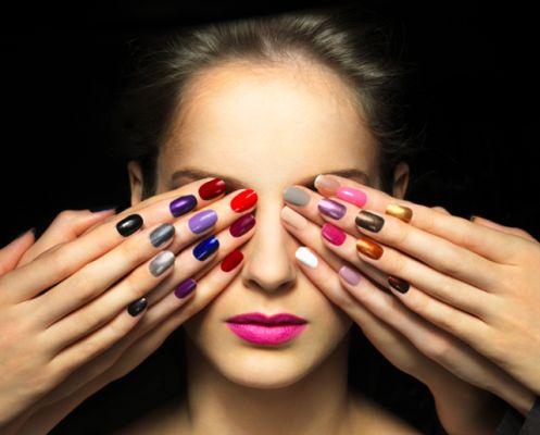 Лак для нігтів з ефектом гелю: довговічна і доступна краса