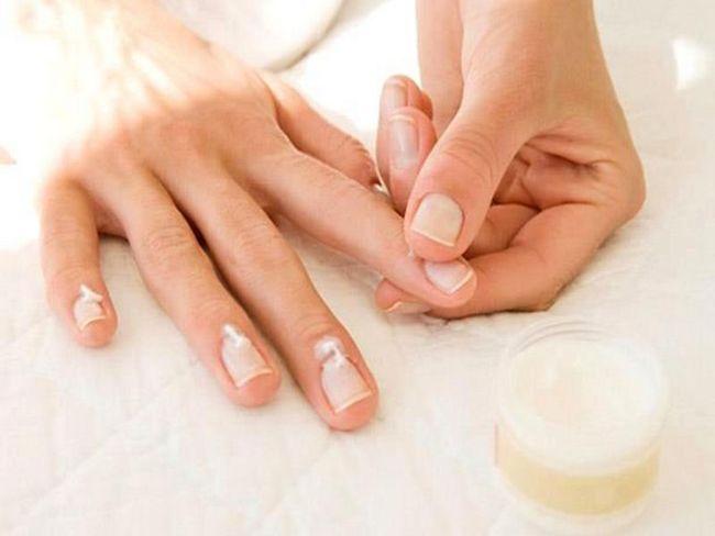 Маски для нігтів в домашніх умовах: особливості приготування