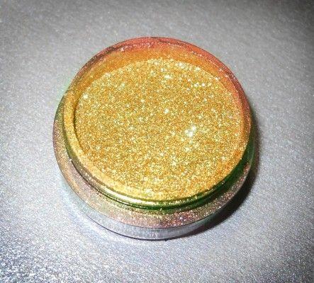 золотий гель для манікюру