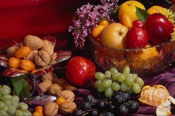 горіхи і фрукти для здоров`я нігтів