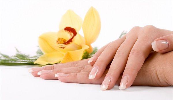 Чому шаруються і ламаються нігті на руках