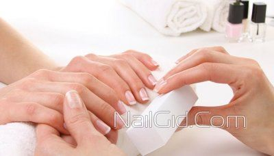 полірування нігтів