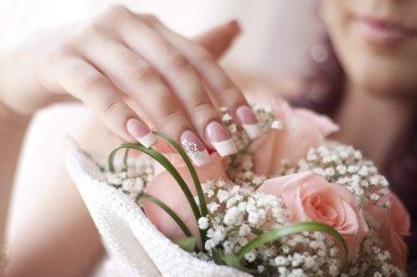 Тренди весільного дизайну нігтів