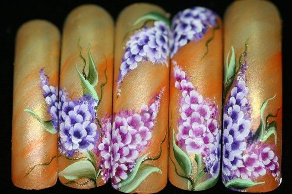 нейл арт на нігтях
