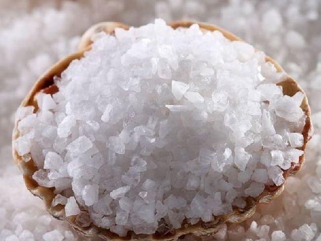 Морська сіль для нігтів з метою їх зміцнення
